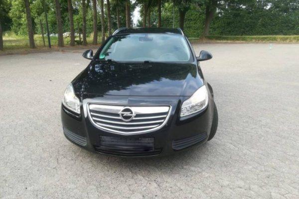 Rent a car Beograd opel insignia 2012