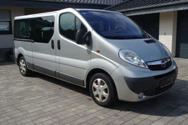 Rent a car Beograd vivaro