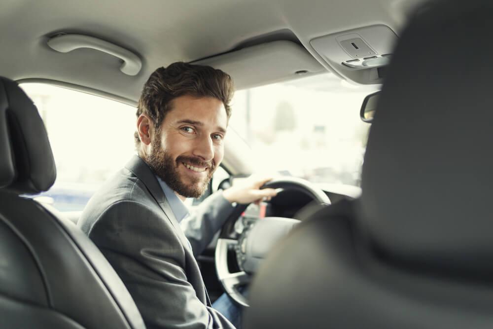 Iznajmljivanje vozila za Novu godinu Rent a car Box 2